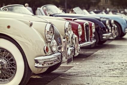 Bei Oldtimern schlägt der Wertverlust vom Auto ins Gegenteil über: Zu einer Wertsteigerung.